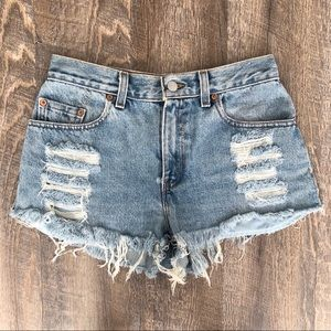 Levi's 555 Distressed Cutoff Denim Shorts 27